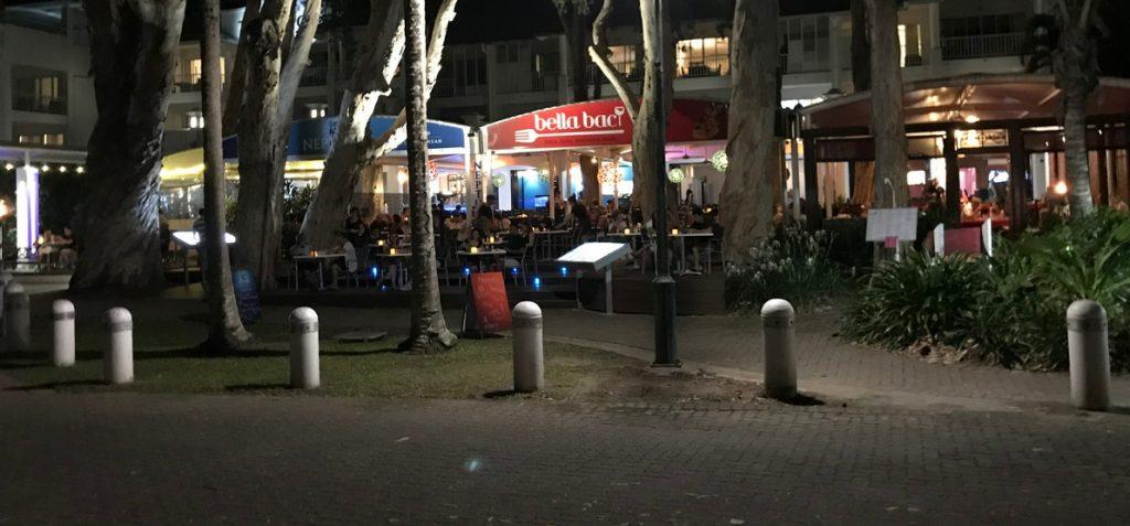 パームコーブのレストラン前景