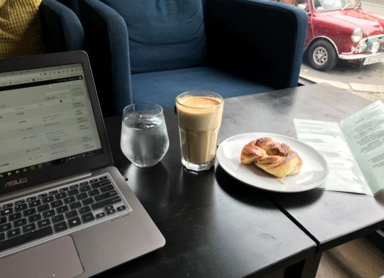 アーレンダールのカフェ