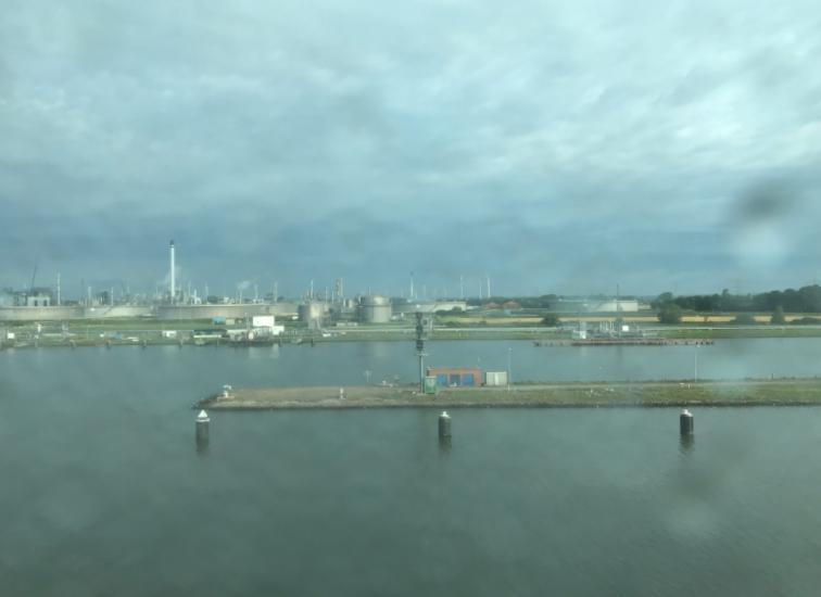 キール運河入り口付近
