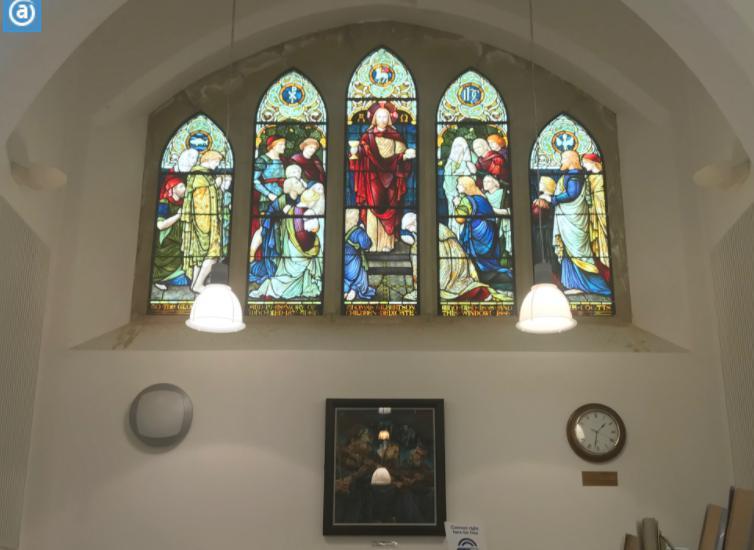 ラーウィックの図書館ステンドグラス