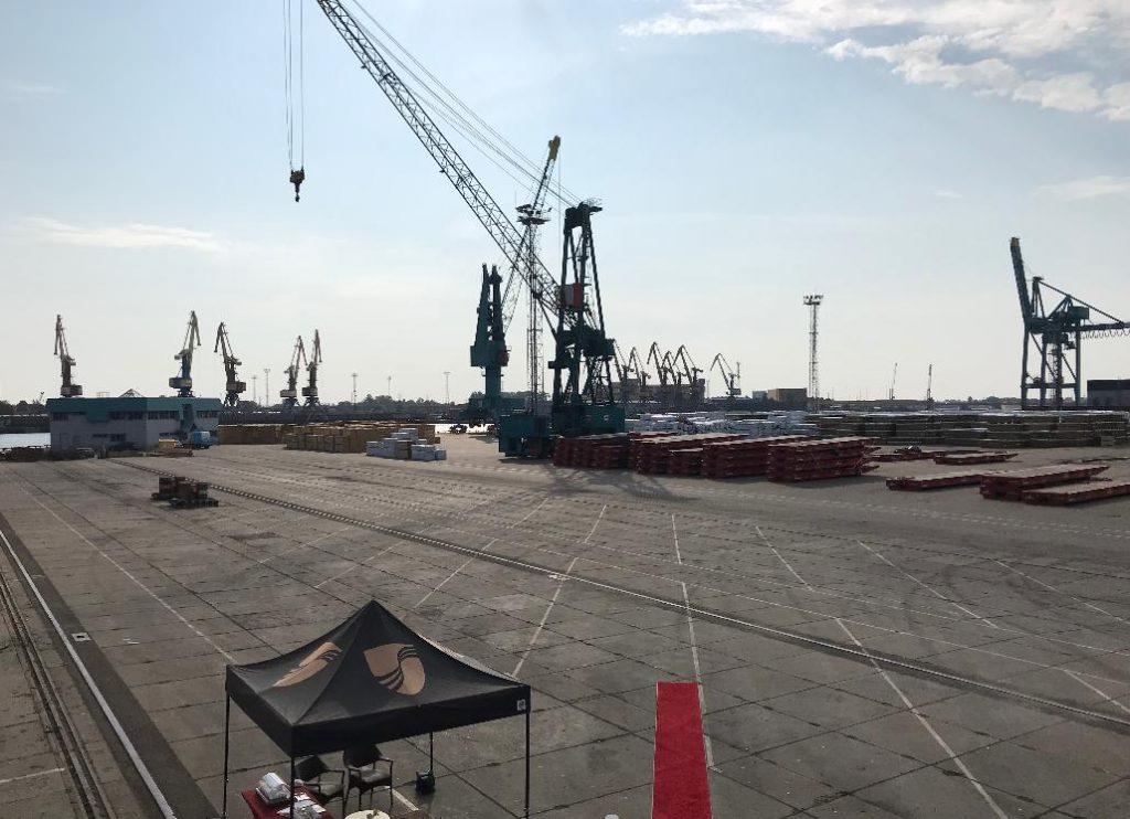 ラトビア港