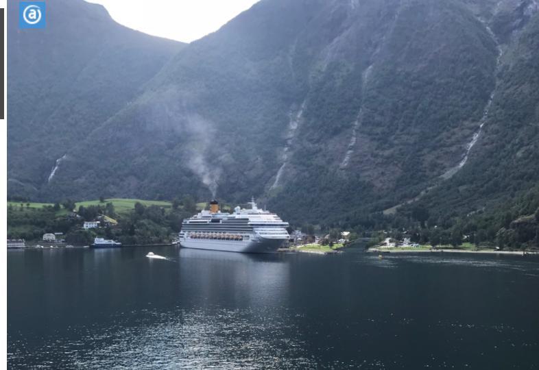 ノルウェーフロムの船内から見たコスタクルーズ船