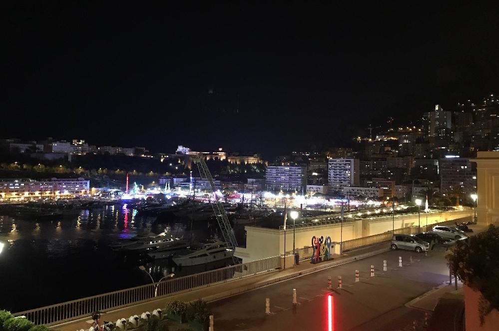 モンテカルロの夜景
