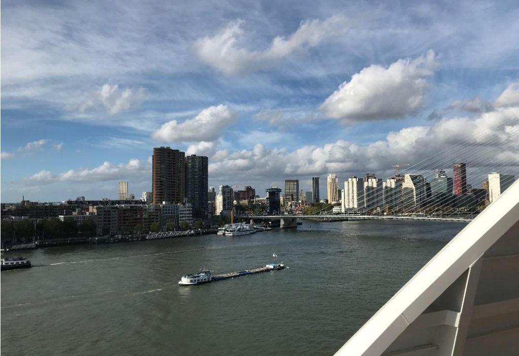 オランダ・ロッテルダム船からの景色