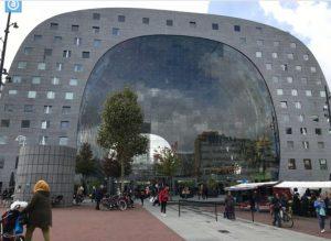 オランダ・ロッテルダムのショッピングセンター