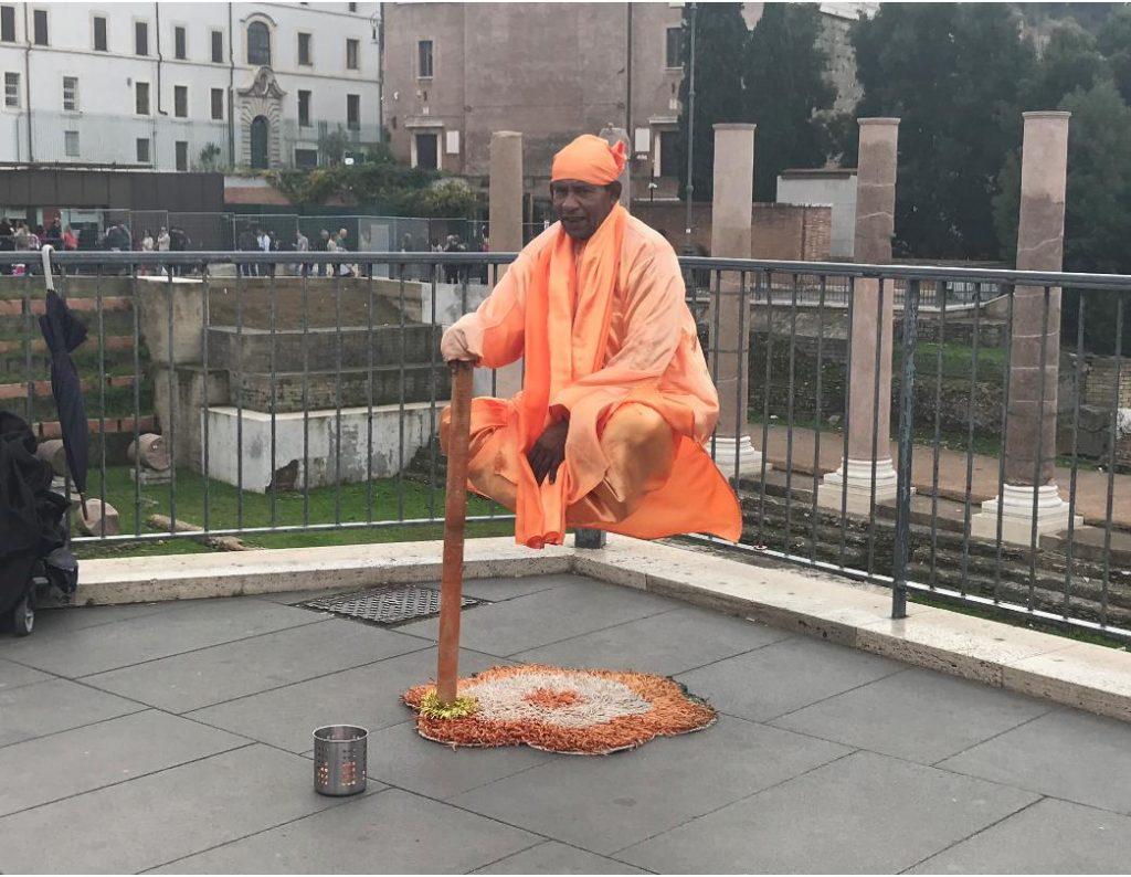 イタリア・ローマの大道芸人
