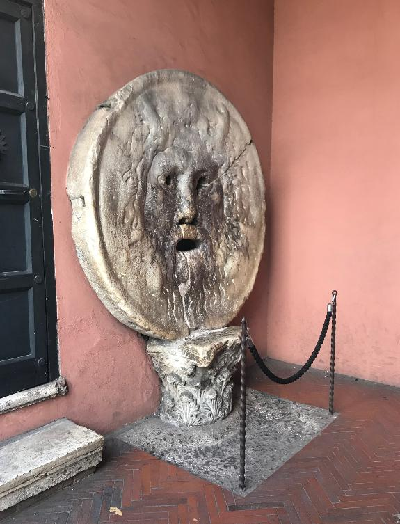 ローマの真実の口