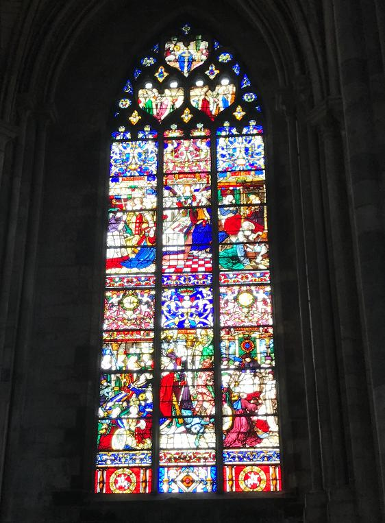 ルーアンの大聖堂のステンドグラス