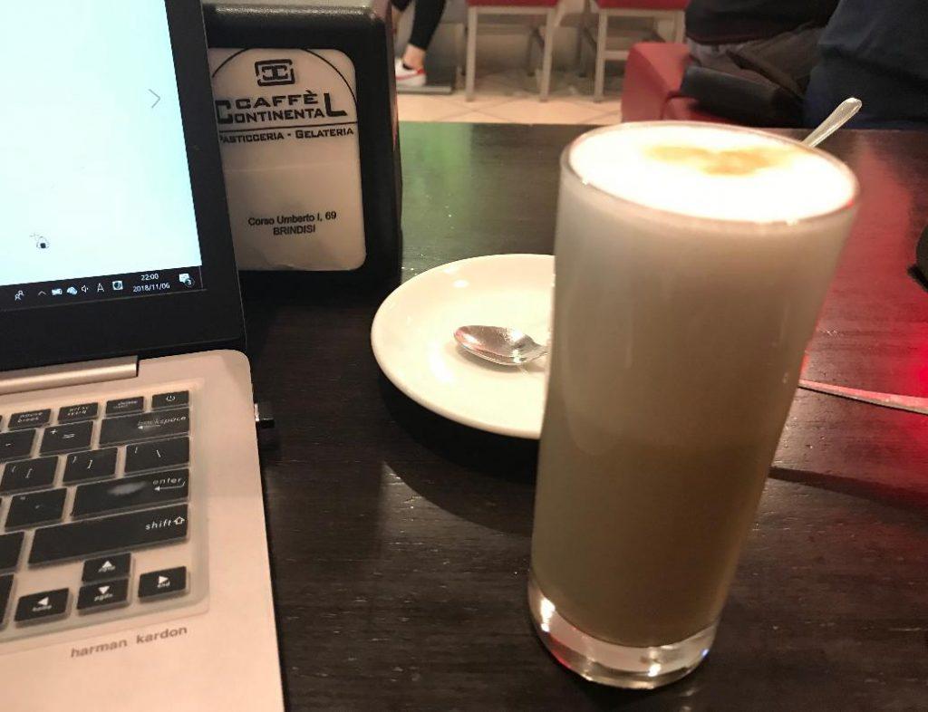 ブリンディジのおすすめWifi利用カフェ