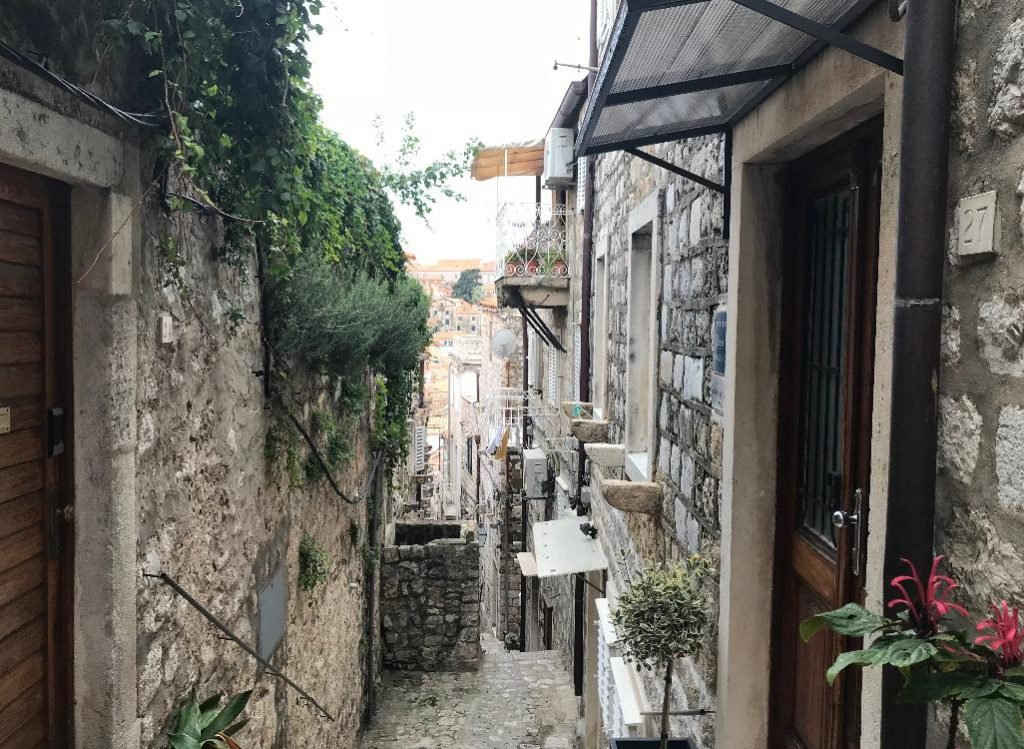 クロアチア・ドブロブニクの路地裏