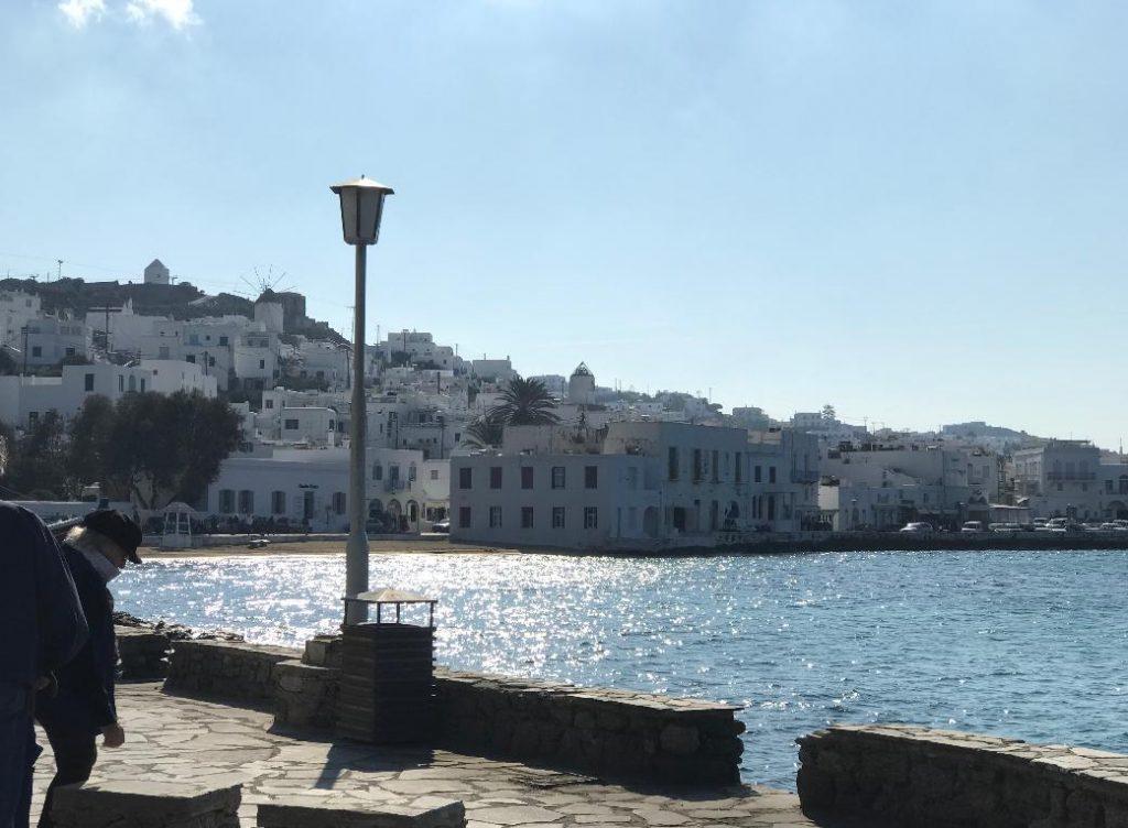ミコノス島の港周辺