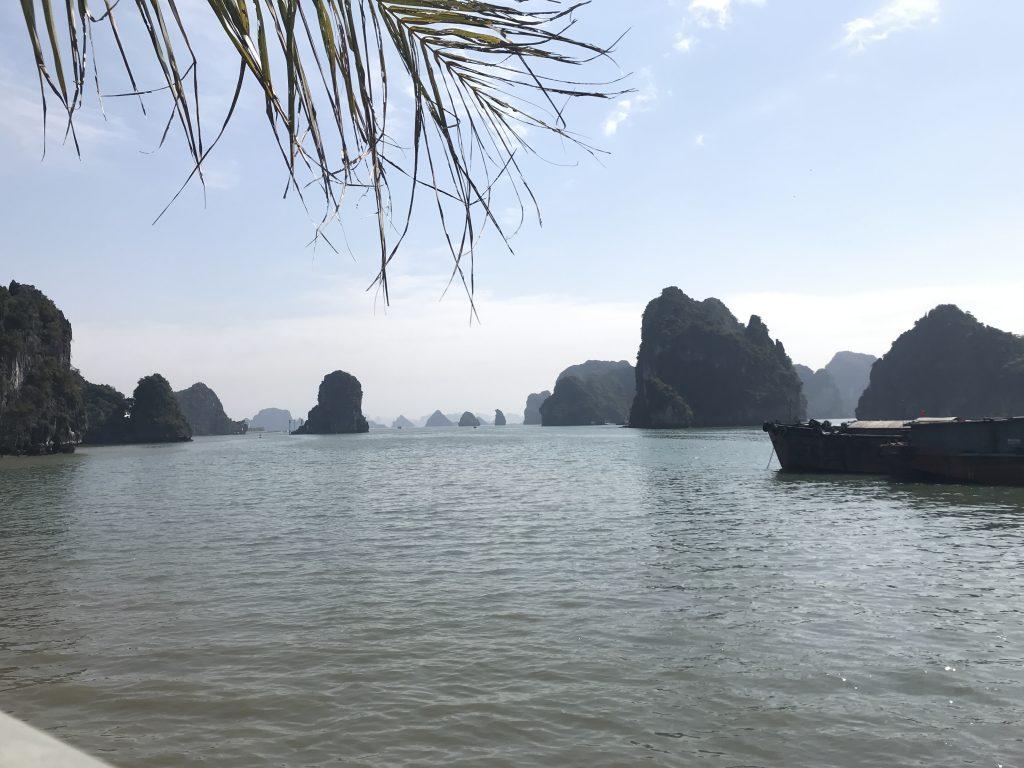 ベトナム世界遺産のハロン湾