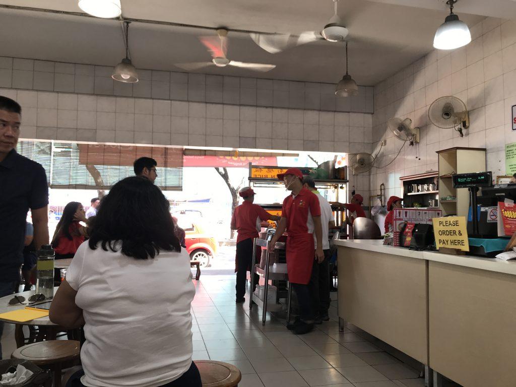 コタキナバルのチキンライス有名店