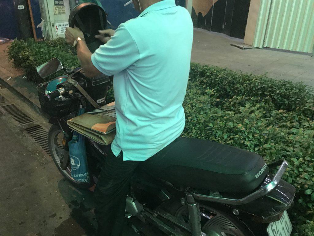 ホーチミンのバイクタクシー