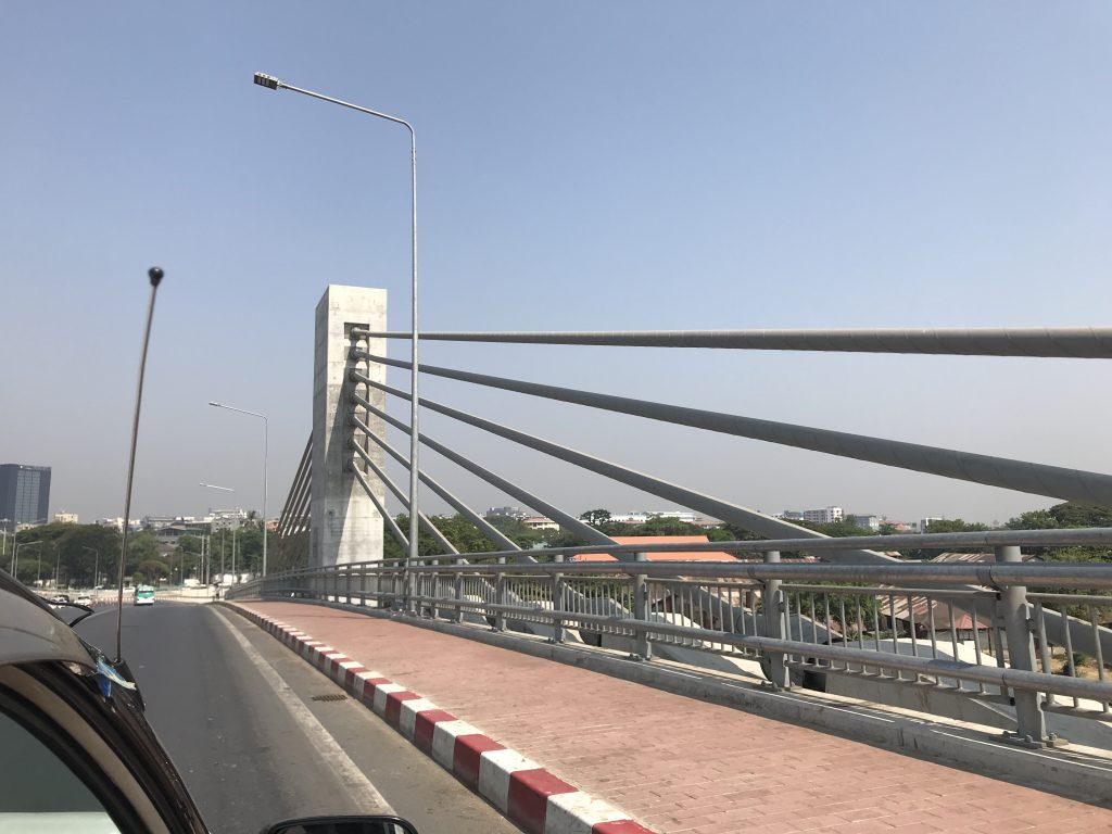 ヤンゴン市内にある日本が作った橋