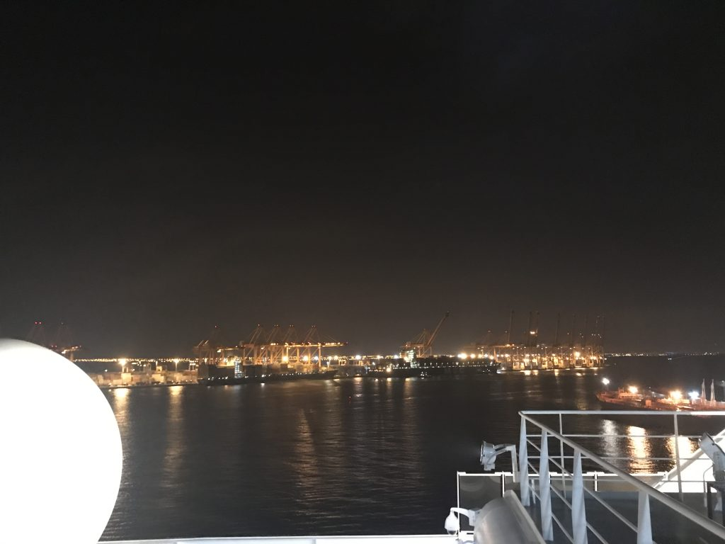 オマーンのサラーラ港