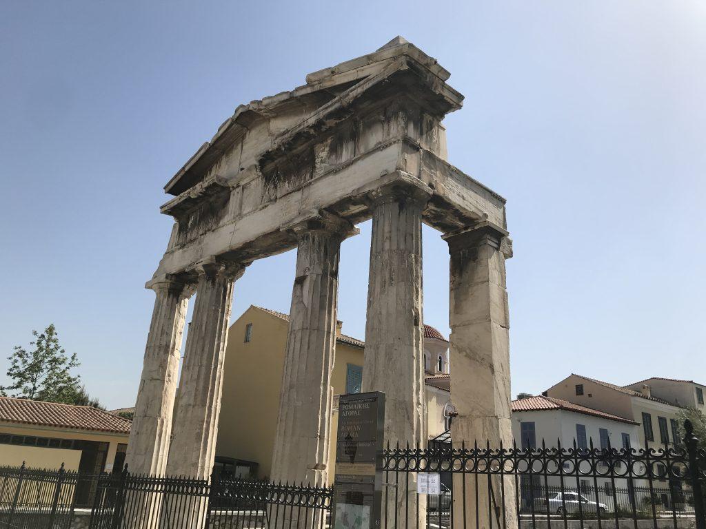アテネモラスティラキ駅の遺跡