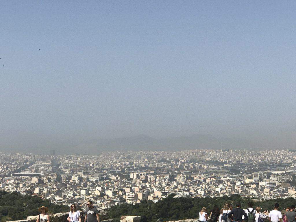 アテネのアクロポリスから見えるアテネ市街