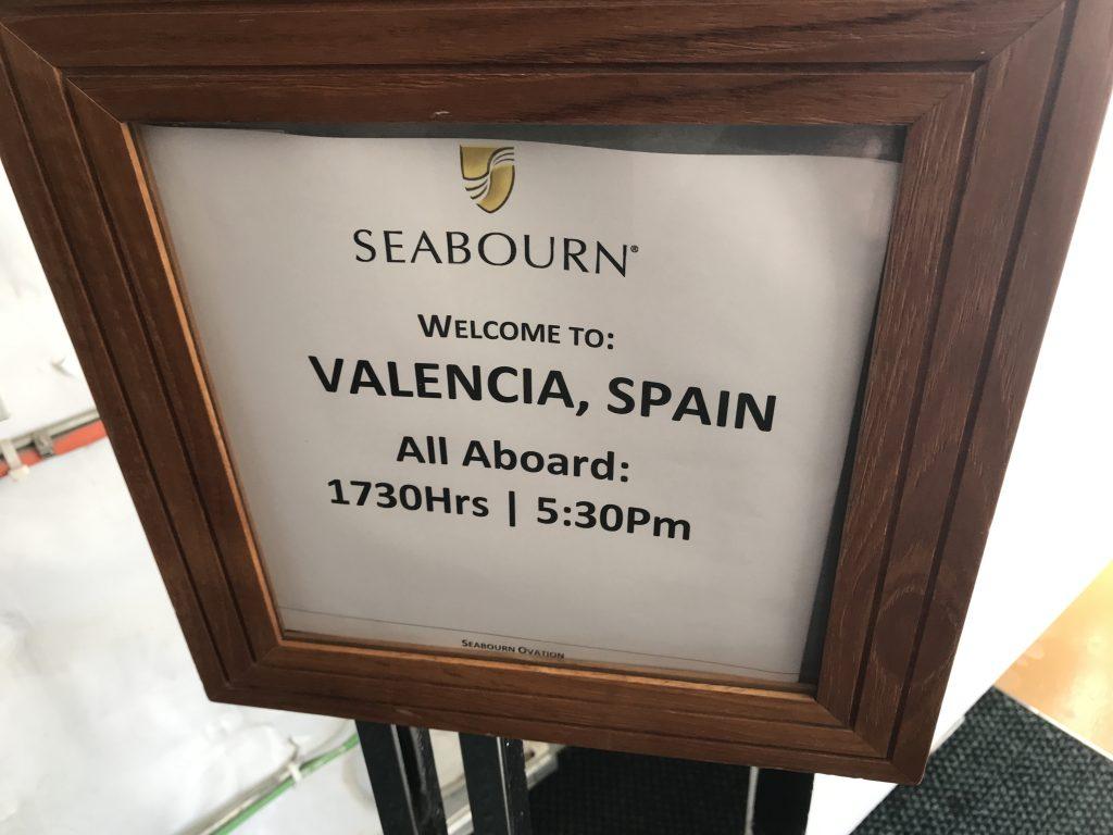 スペインのバレンシアに寄港