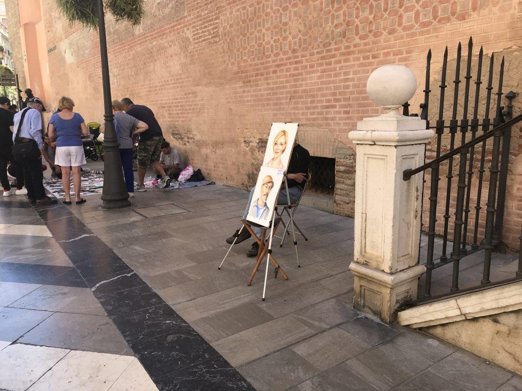 マラガ市内で絵描き