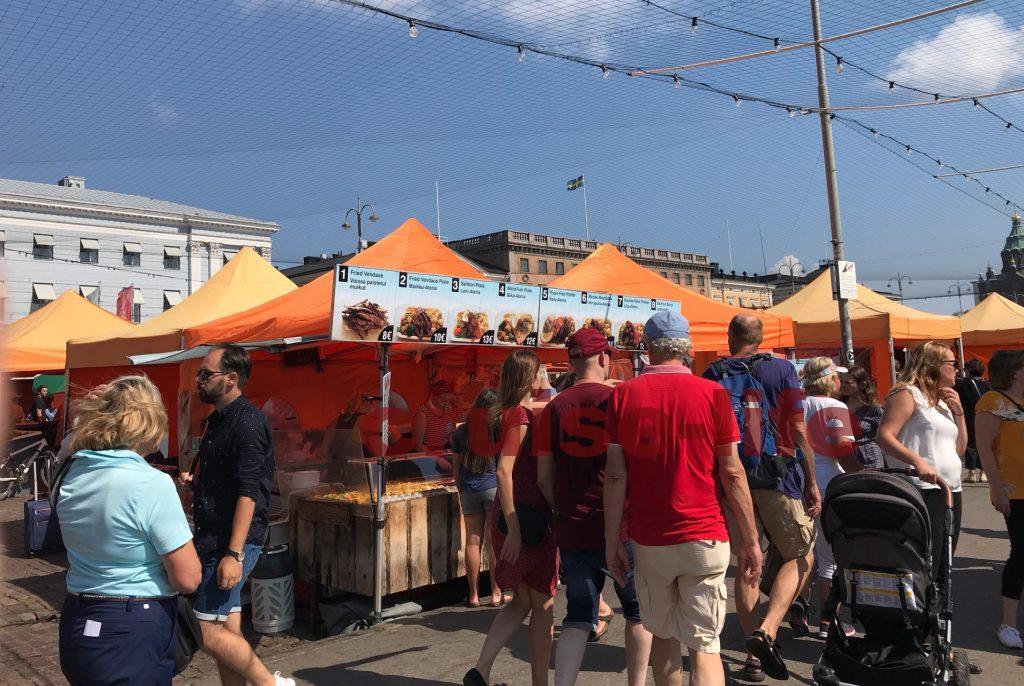 ヘルシンキ港周辺のマーケット