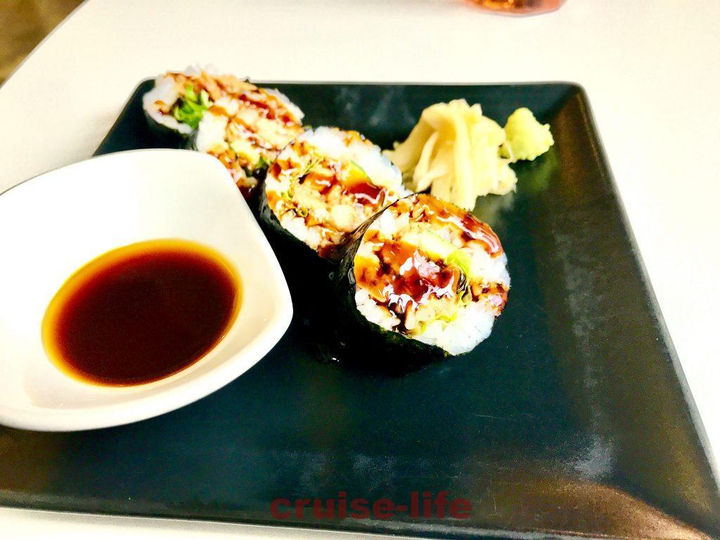 タリンの日本食TOKUMARUのお寿司