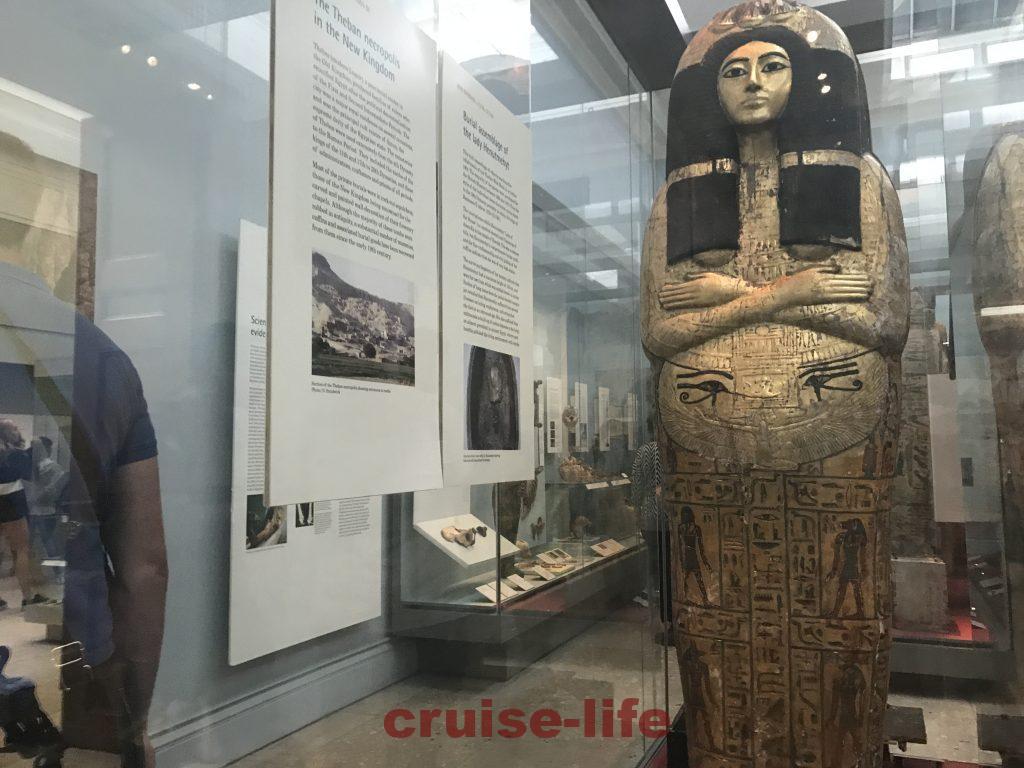 大英博物館の古代エジプトミイラ