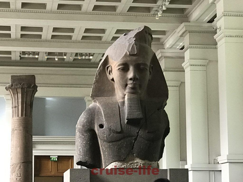大英博物館のラムセス2世像