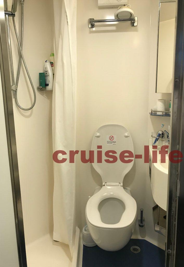 クルーズ船クルーのキャビン