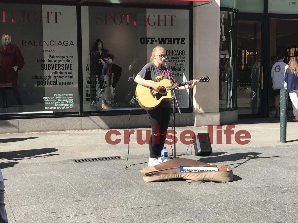 ダブリンのストリートミュージシャンの聖地グラフトンストリート