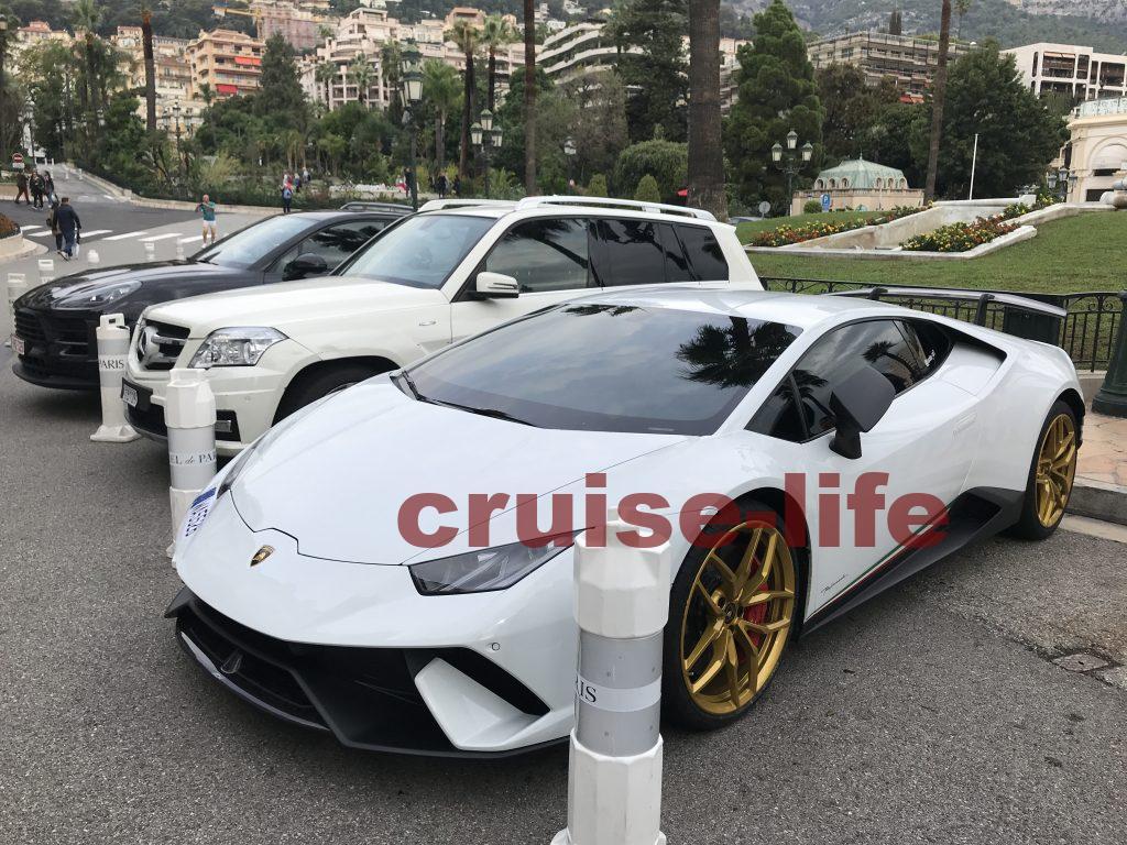 モナコの高級車