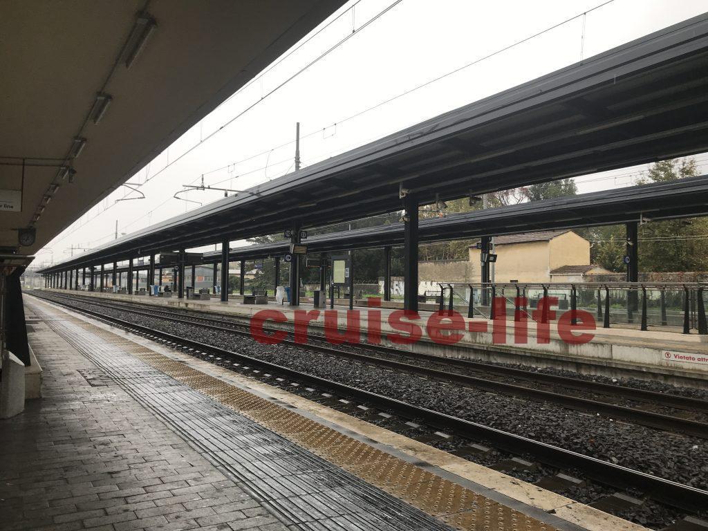 リボルノ駅のホーム
