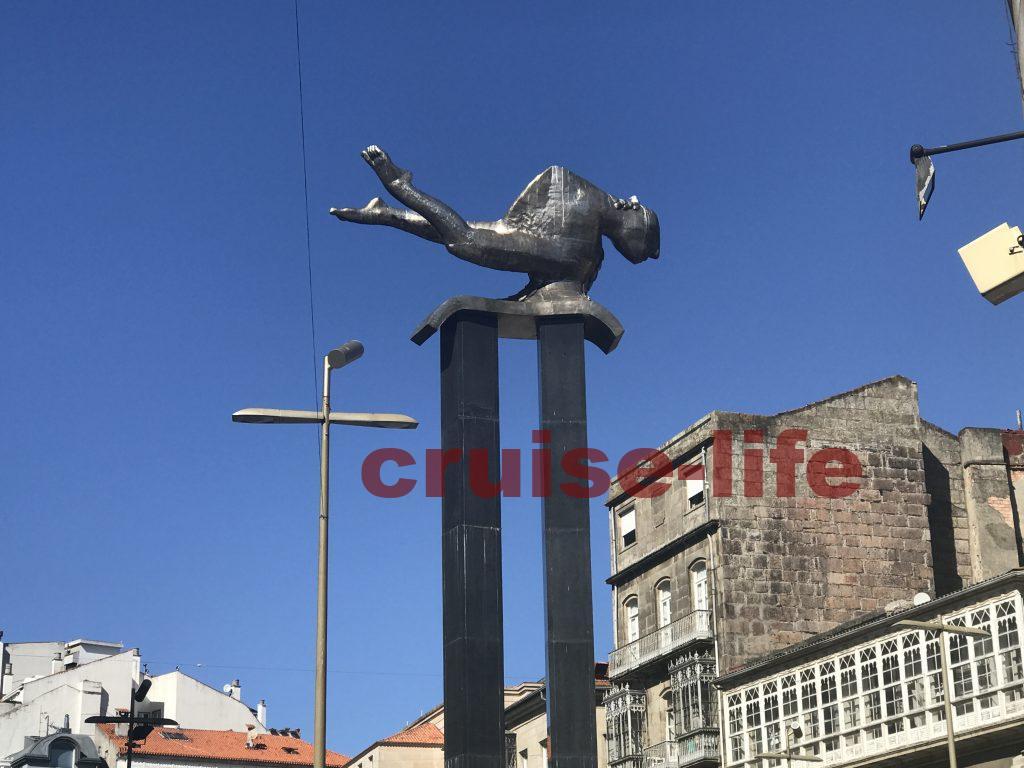 スペイン・ビーゴの街銅像