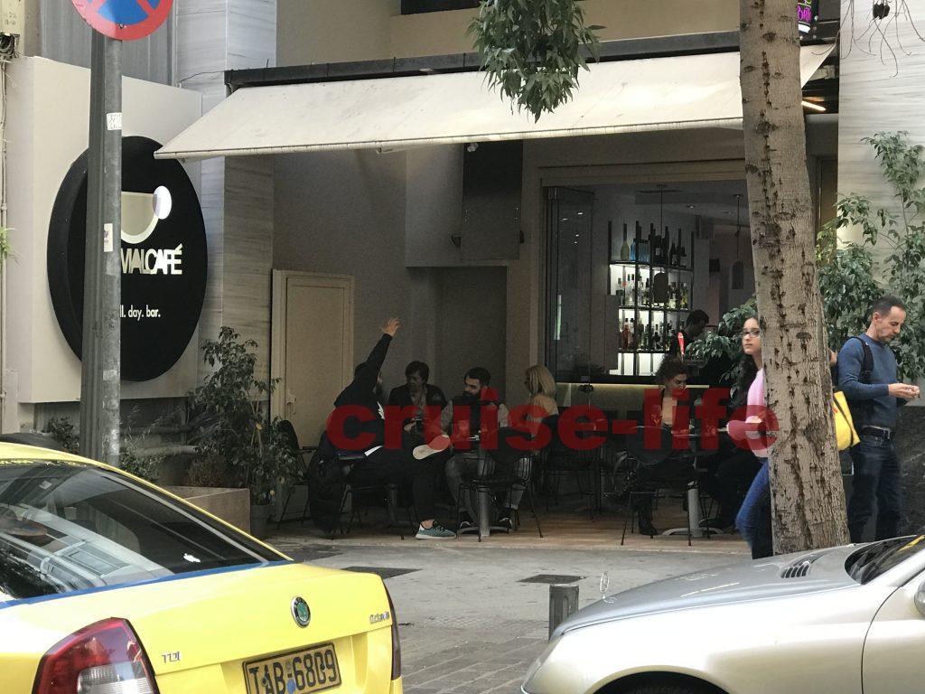 ホテル横にあるカフェ