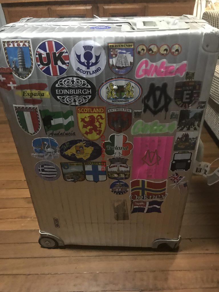 海外旅行にオススメのスーツケース・リモワ